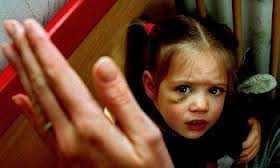 dhuna ne familje