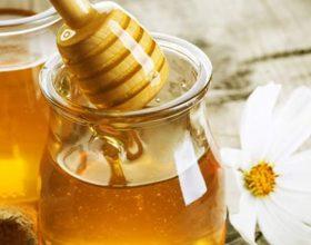 Si ta dallojmë mjaltin e vërtetë natyror ?