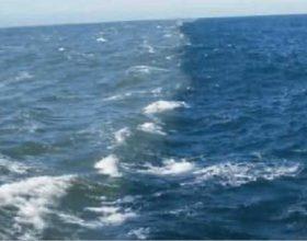 Ndarja në mes të dy deteve