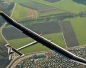 Solar Impulse, avion me energji diellore
