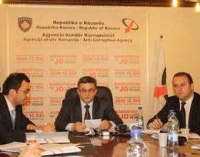 9 zyrtarë të lartë, për katër vite, u bënë milionerë në Kosovë
