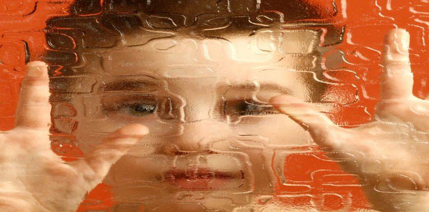 "Autizmi, të ""fshehtat"" e çregullimit tek fëmijët"