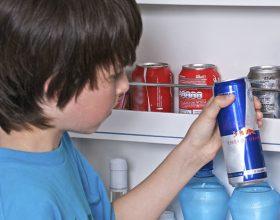 Stop pije energjike fëmijëve!