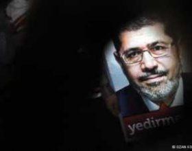 Catherine Ashton mbajti një takim 2-orësh me Mohammed Mursi