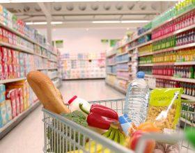 A e dini se në shumicën e supermarketave ndodh kjo ? Duhet ta dini …