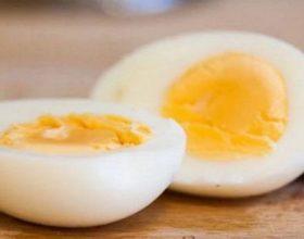 Si të dobësoheni me vezë të ziera