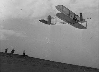 Shpikësi i aeroplanit eshte shqiptar , a e ke ditur ?