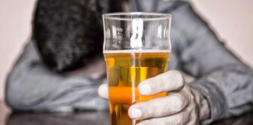 Stop alkoolit dhe mishit të derrit