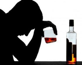 Alkooli është nëna e të gjitha të këqijave dhe nga të gjitha veset është më i turpshmi