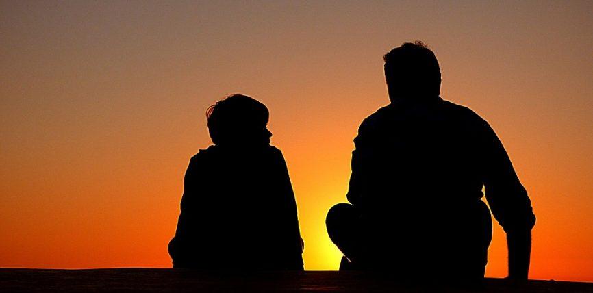 Pesë cilësi ekzistojnë tek fëmijët, që po të gjendeshin tek të rriturit karshi Zotit, do të bëheshin prej të dashurve të Tij
