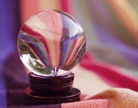 A duhet besuar fallxhiu dhe astrologu?