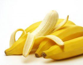 Harroni tabletat, hani një banane