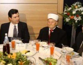Basha shtron iftar: I lumtur për nisjen e punës për Xhaminë e Madhe