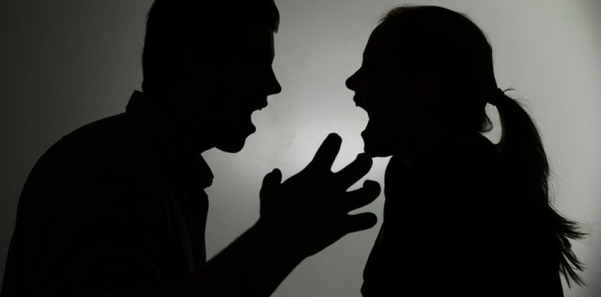 Si të sillesh me burrin kokëfortë