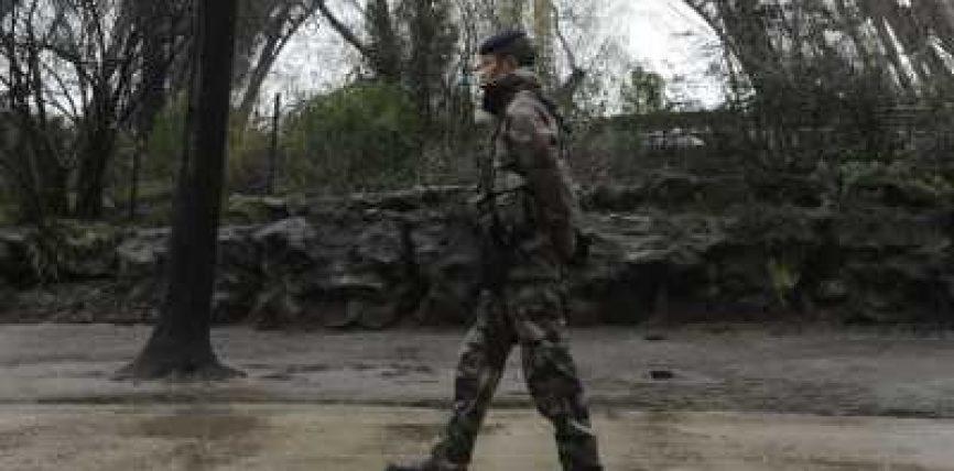 Francë: një ushtar francez u arrestua për përgatitjen e një sulmi terrorist ndaj një xhamie