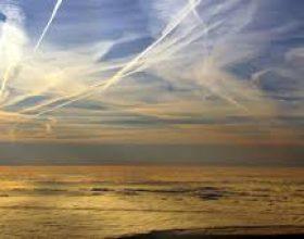 Leshimi i kimikateve (edhe i viruseve, gripit) nga ajri (Chemtrail)
