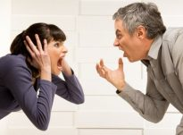 Si të qëndroni të qetë gjatë fjalosjeve