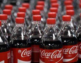 Çfarë ndodh kur ne konsumojmë Coca Cola? Këto janë efektet negative të saj në organizëm…