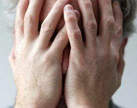 7 shenja e fshehura që tregojnë se jeni ne depresion