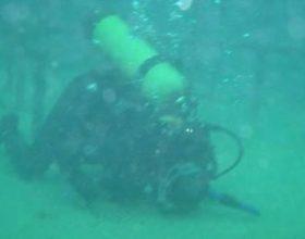 Një sexhde në thellësi të detit!