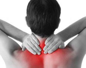Dhimbje të qafës dhe shpinës? Ja si mund t'i largoni në kushte shtëpie