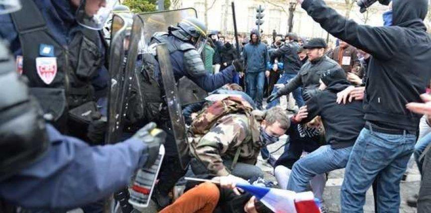 Francë, qindra protestues në pranga: Duam punë, jo martesa gay