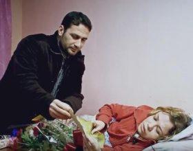 Historia që përloti shqiptarët, shumë gëzime në një ditë. Motrat e paralizuara bëhen me shtëpi, Aisha: Sikur u ngrita në këmbë!