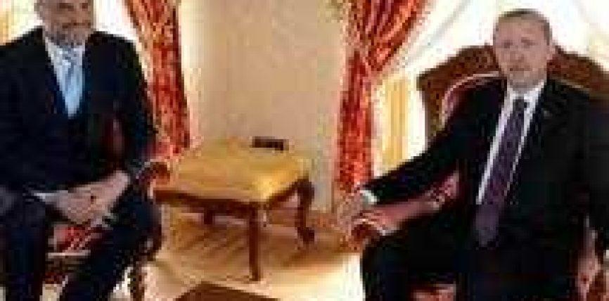 Qeveria, 2 marrëveshje Shqipëri-Turqi. Dhurohen 1.1 mln USD pajisje ushtarake