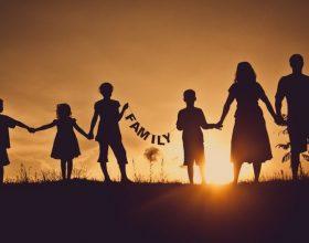 Raportet mbrenda familjes problem i kohës
