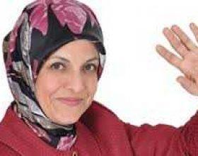 Turqi: Fiton kryetarja e parë me shami nga AKP