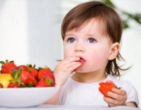Ushqimet që ndihmojnë në shtimin në peshë të foshnjave