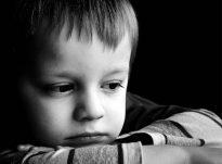 Prindër, nëse nuk doni që fëmijët tuaj të jenë të paedukatë, atëherë duhet të ndaloni së bëri këto 5 gabime