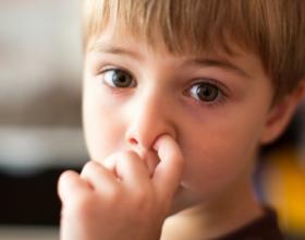 Cilat janë shkaqet që nxisin sjelljet e këqija tek fëmijët?