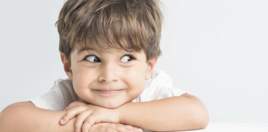 Tre pyetje pyete fëmijën tënd çdo ditë para gjumit