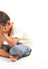 Te qaret e femijes, sidomos nese shkon ne shtepine ndokujt (mund te jete shkak mesyshi)