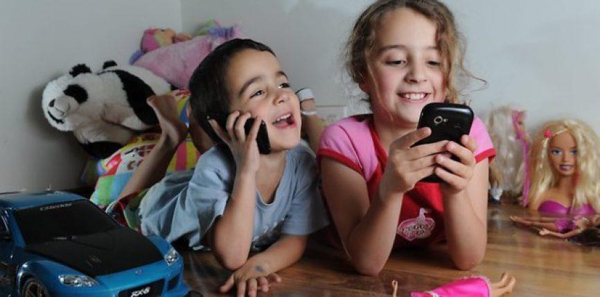 Sa janë të dëmshme për fëmijët lojërat në celular?