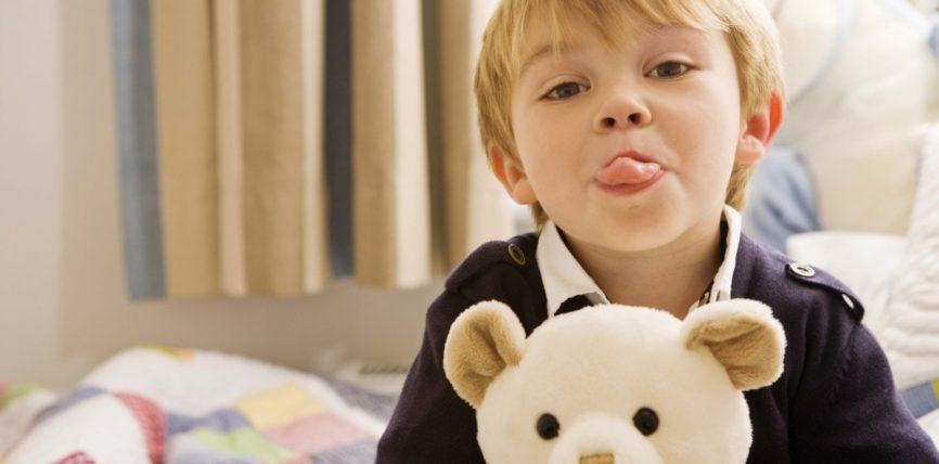Këshillat e arta për prindërit që kanë fëmijë të llastuar