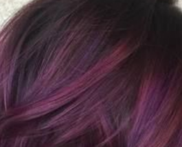Efektet e kenasë në flokët tuaj, sekreti gjatë lyerjes për flokë princezash