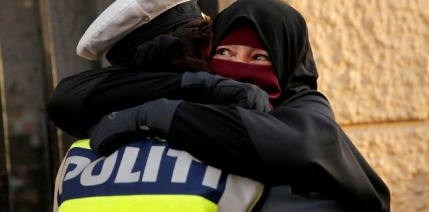 Kjo foto shkakton debate politike në Danimarkë, nisin hetimet