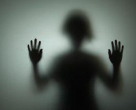 Nuk janë vetëm fëmijët, edhe të rriturit përjetojnë ankth dhe tmerr gjatë natës