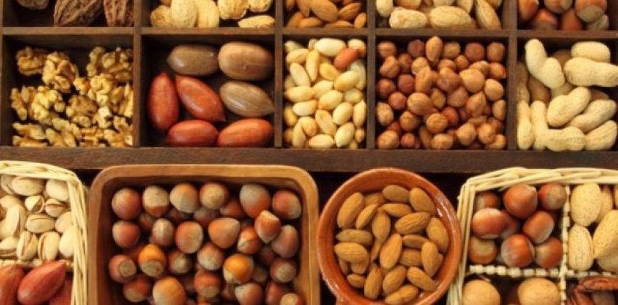 A janë frutat e thata po aq të shëndetshme sa frutat e freskëta?