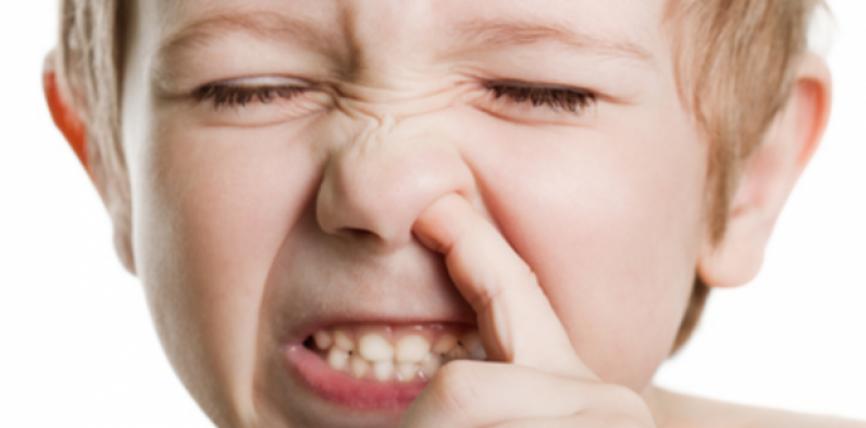 Gishtat në hundë mund të kthehen në rrezik serioz