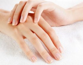 Shtrëngojini gishtat e dorës për pesë minuta. Ja rezultati!