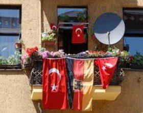 Helmut Kohl planifikonte të dëbonte nga Gjermania gjysmën e turqve