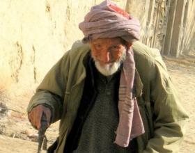 Tregim pikëllues për gjyshin (Tregim që e ka bërë të qajë, e ka pikëlluar dhe zemëruar tërë Ballkanin)