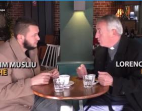 Një Imam dhe një Prift kosovar i tregojnë botës cfarë është toleranca fetare (Video)
