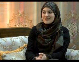 Kjo është një myslimane krenare nga Snezhana Nikoliq në Hurija