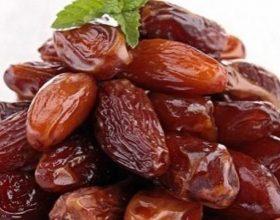 Hurma arabe, ushqimi i ëmbël i Ramazanit: ja ç'efekte ka në organizëm