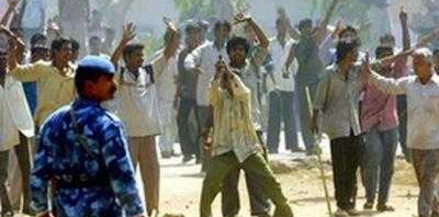 Indi, hindusët vrasin 31 mysliman