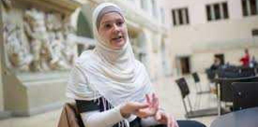Janina Sorger tregon eksperiencën e saj drejt Islamit!
